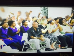 Alumni Zoe Members worshiping with inmates during its Gospel Explosion event.